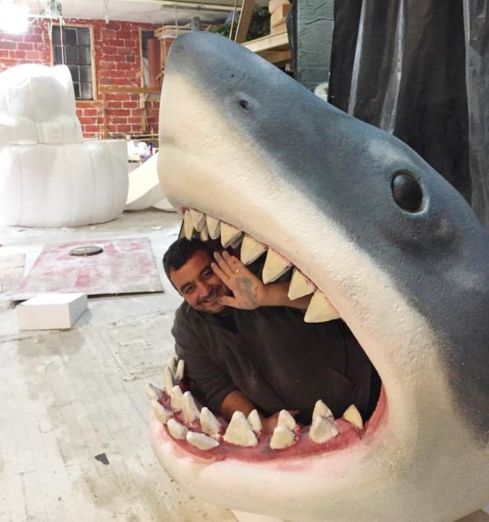 jaws-baby-crib-shark-attack-joseph-reginella-11