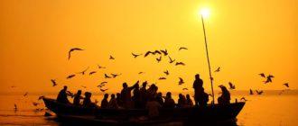 Священная река Индии и ее жители