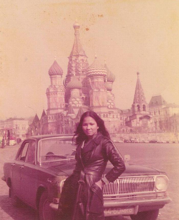 Моя мама в Москве в 1975