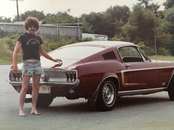 Отец и его Mustang в 70-е
